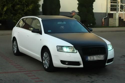 Zmiana koloru auta